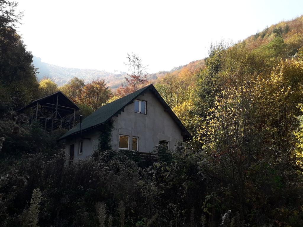 Vand Casa/vila  Valea Manastirii ,  Valea Manastirii  - 27000 EURO;
