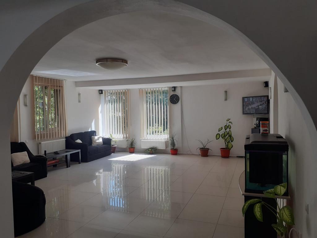 Vand Casa/vila  Bragadiru ,  Bragadiru  - 240000 EURO;