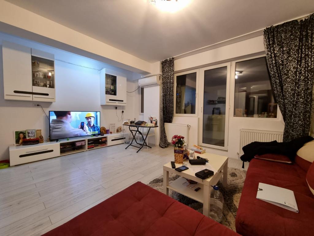 Vand Apartament 3 camere  Rosu ,  Rosu  - 75000 EURO;